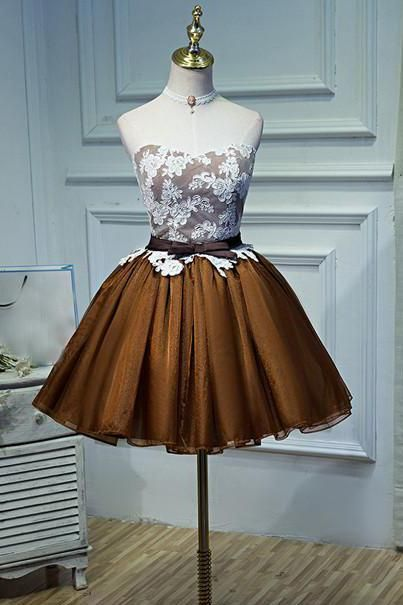 Girls always wear fashionable skirts and dresses