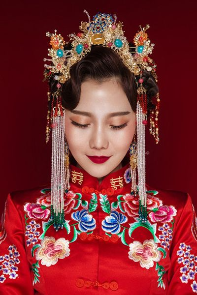 Chinese Bride; Hair Style; Matching; Hair Accessories; Tradition Hair Style; Ancient Hair Style; Weddings Hair Style; Red Hair Style; Accessories