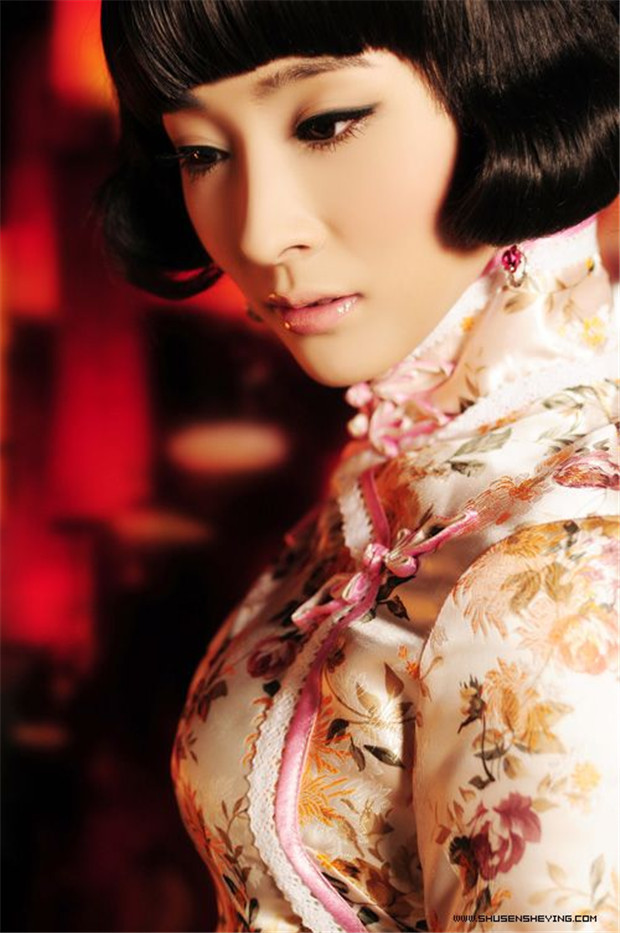 Cheongsam; Temperament Clothing; Chinese Costumes; Classical Costumes; Cheongsam Design; Wedding Cheongsam; Cheongsam Skirt