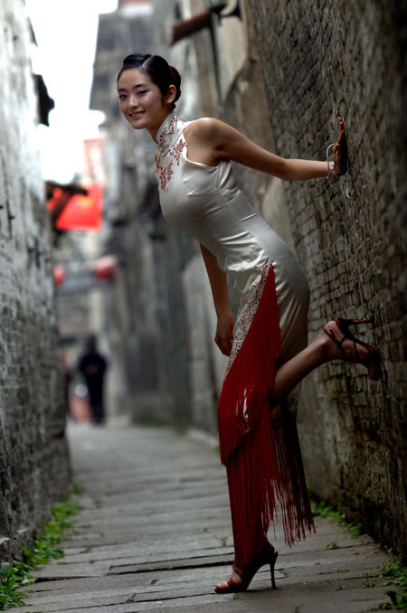 Cheongsam; Temperament Clothing; Chinese Costumes; Classical Costumes; Cheongsam Design; Wedding Cheongsam; Cheongsam Skirt